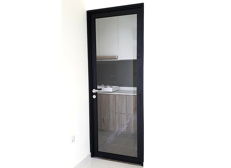 Aluminium-Swing-Door